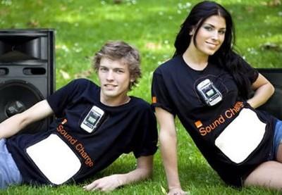 orange-t-shirts-to-charge-phones-1-thumb-450x277