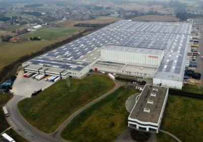 napelemek a Toyota 80 000nm-es belgiumi üzemén