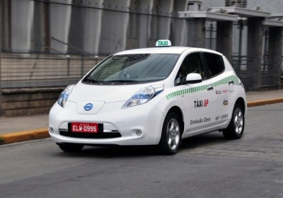 2012-nissan-leaf-taxi-in-sao-paulo_100392586_m