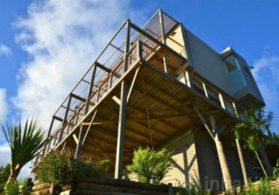 Hemp-House-by-Tony-Budden-537x357