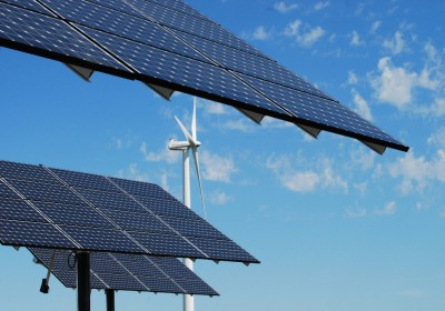 Moorhead-Wind-Turbine-Solar-Arrays