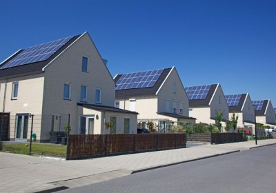 solar-panel-houses