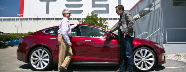 2012-Tesla-Model-S-with-Frank-Markus-and-Elon-Musk