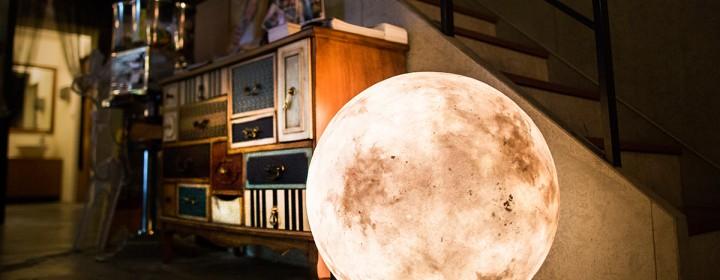 luna-moon-lamp-by-acorn-studio-1