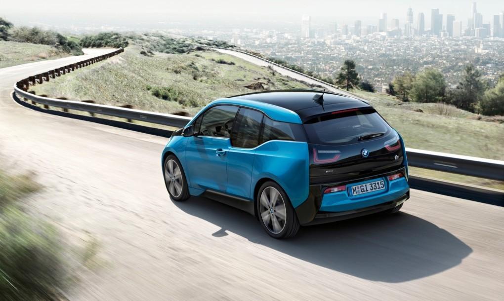 Íme a 2017-es BMW i3!