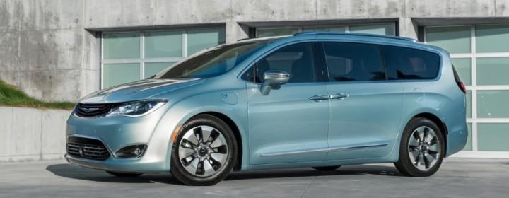 2017-Chrysler-Pacifica-Hybrid-1020x610