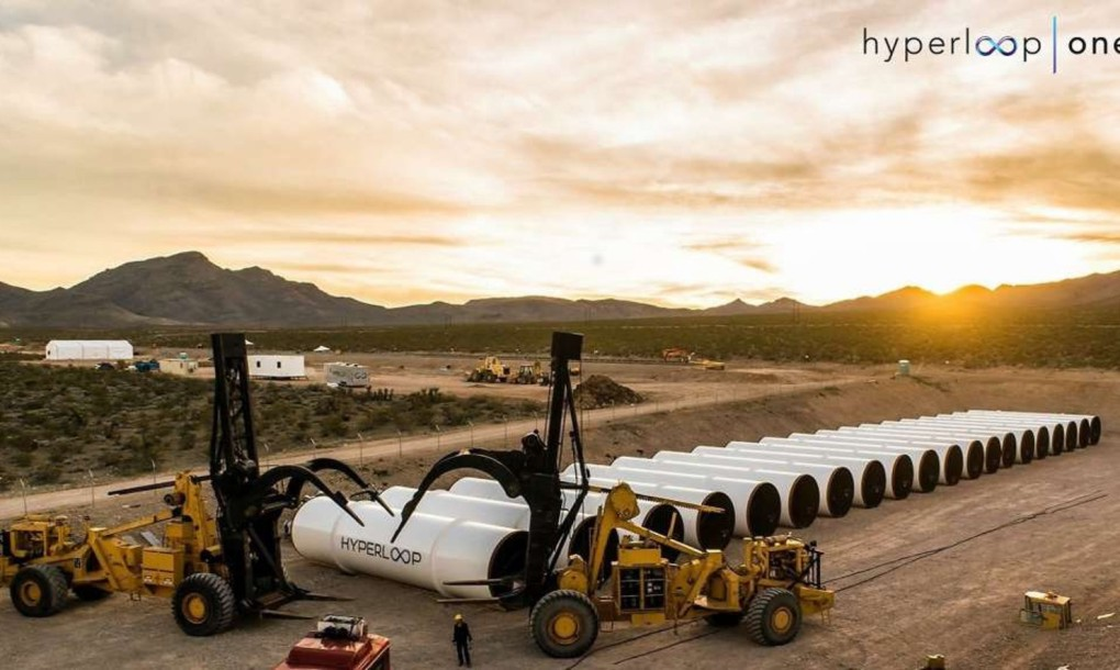 Hyperloop-One-setting-up-for-test-1020x610