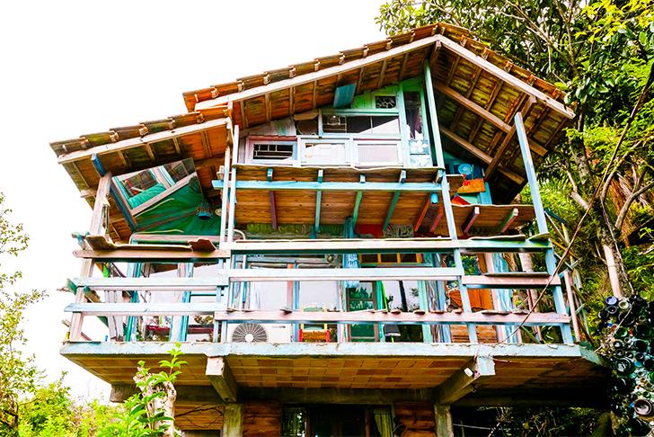 Hogyan építsünk szemétből házat?