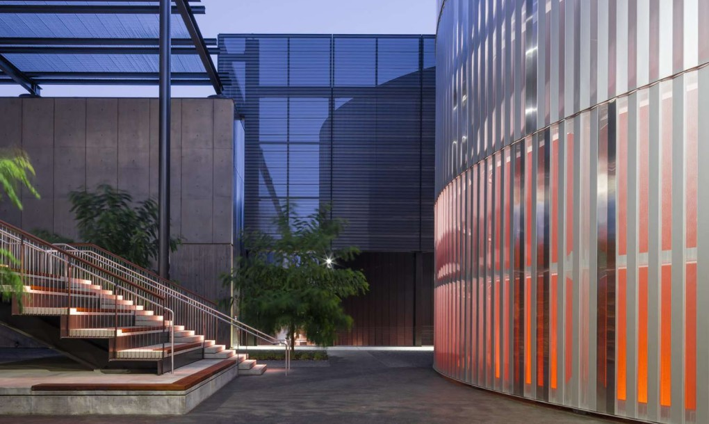 Stanford-University-Central-Energy-Facility-by-ZGF-Architects-3-1020x610