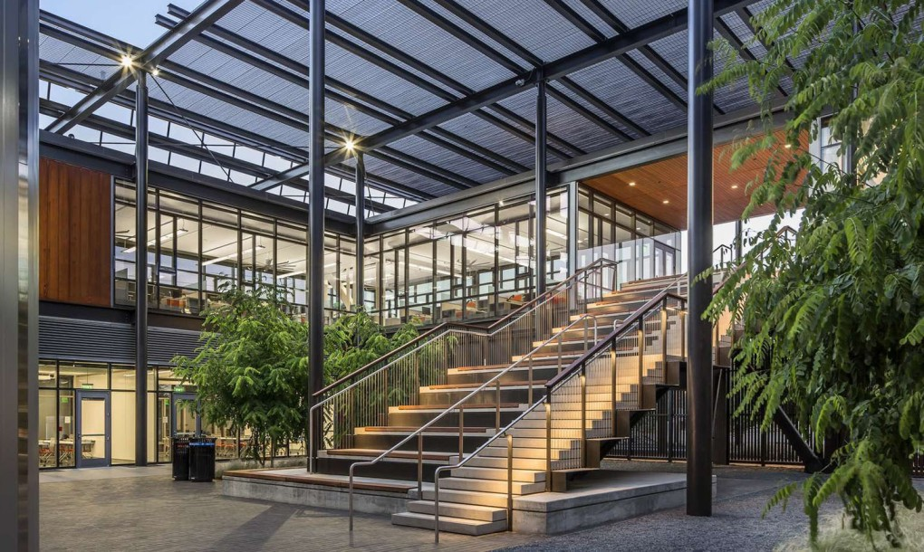 Stanford-University-Central-Energy-Facility-by-ZGF-Architects-5-1020x610