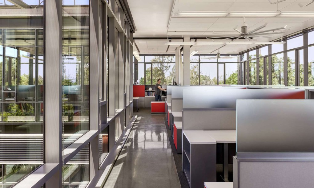 Stanford-University-Central-Energy-Facility-by-ZGF-Architects-6-1020x610