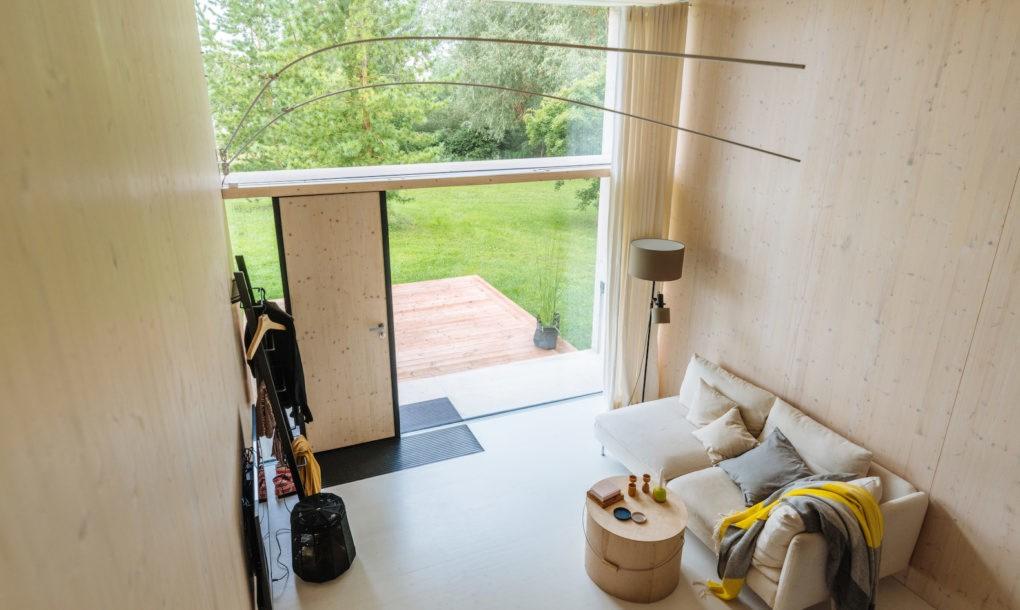 Egy gyönyörű, apró, napelemes otthon