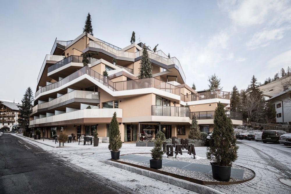 Egy szálloda, amit megmászhatunk, akár egy hegyet