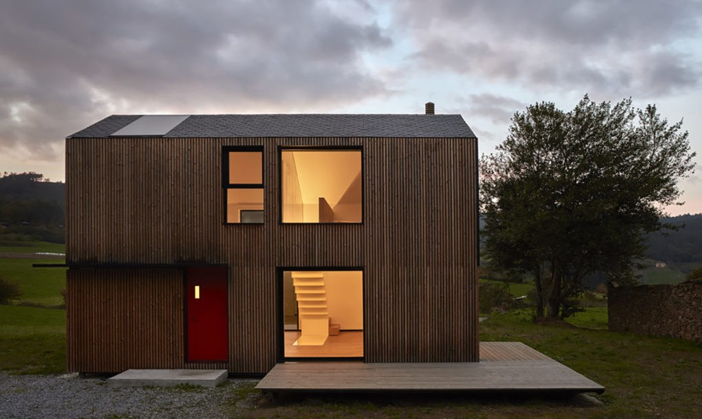 5 óra alatt felépítettek egy házat Spanyolországban