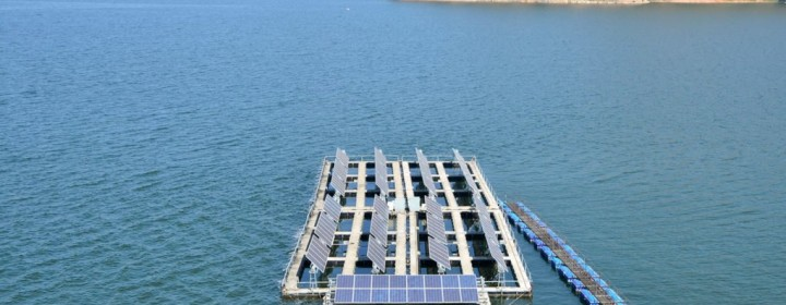 Floating-Solar-Lake-1020x610