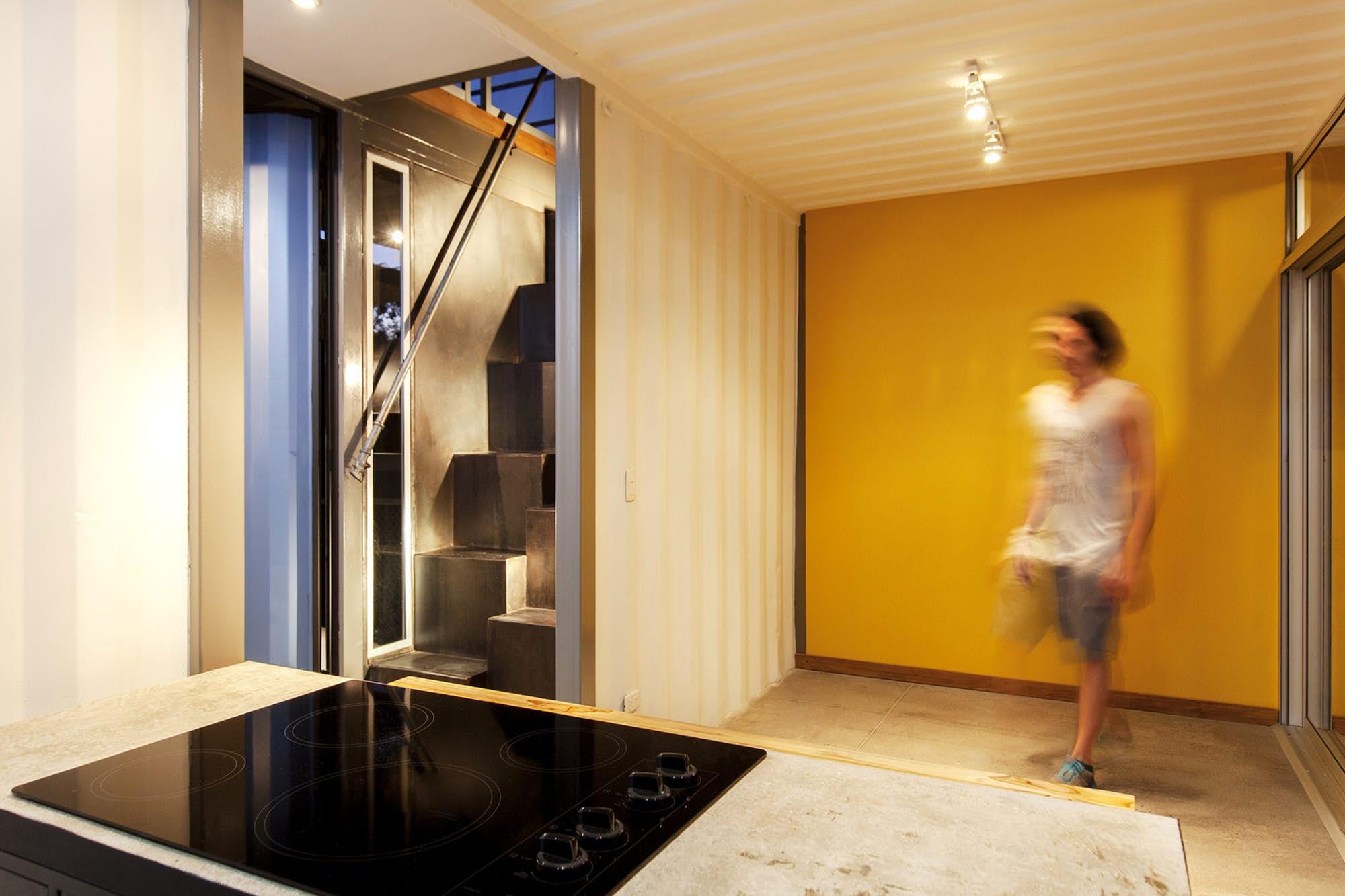 Otthonok használt konténerekből – Galéria