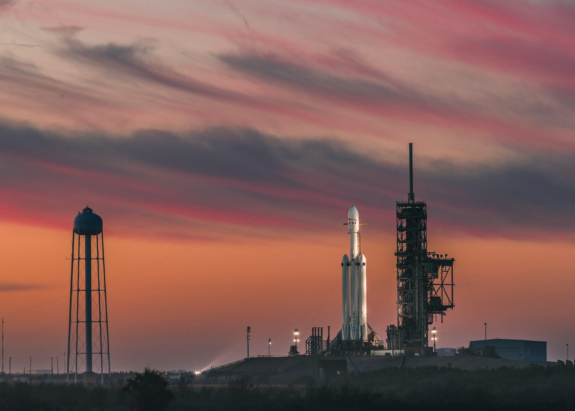 Hivatalosan is a Falcon Heavy a történelem eddigi legerősebb működő rakétája
