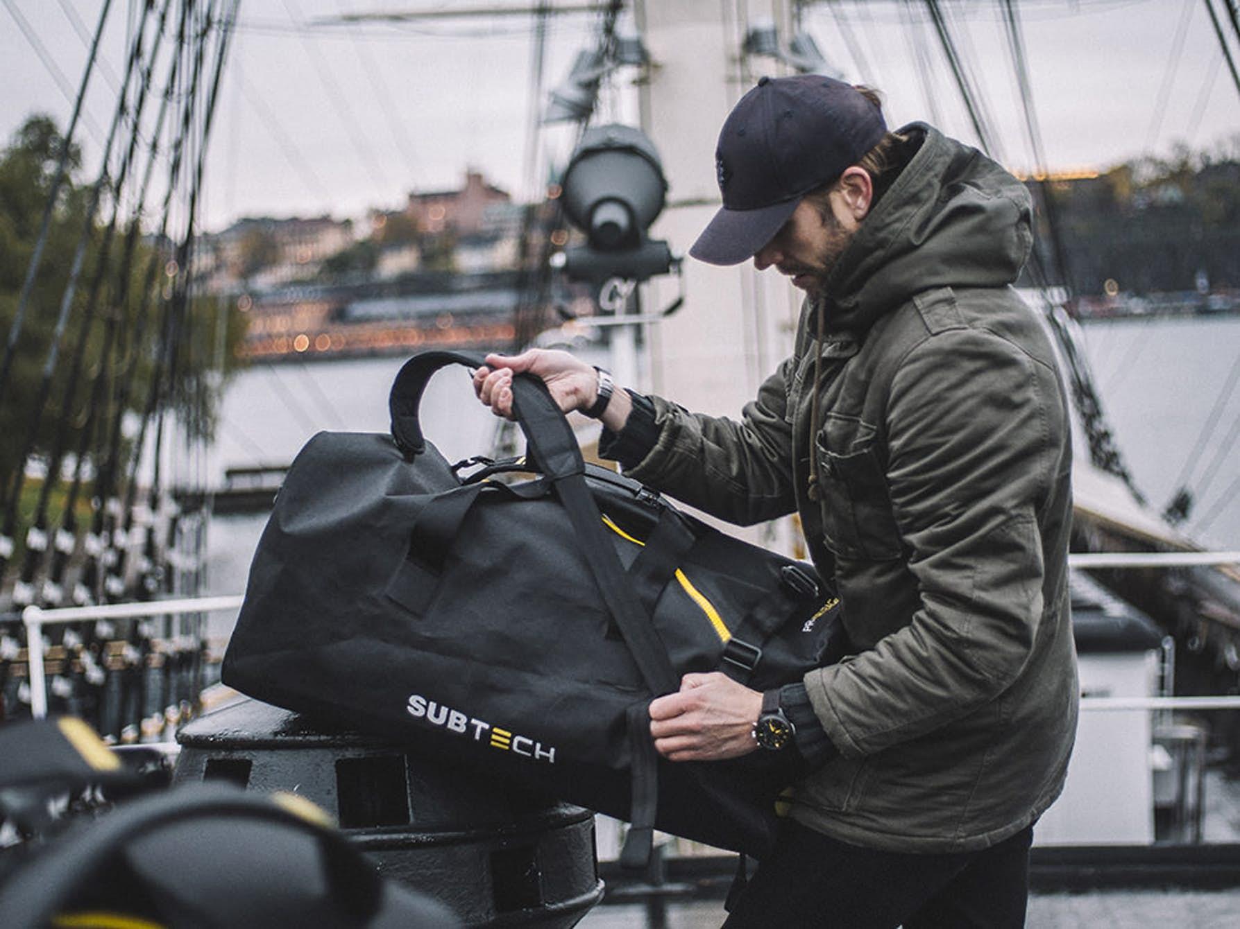 pro-drybag-waterproof-backpacks-1