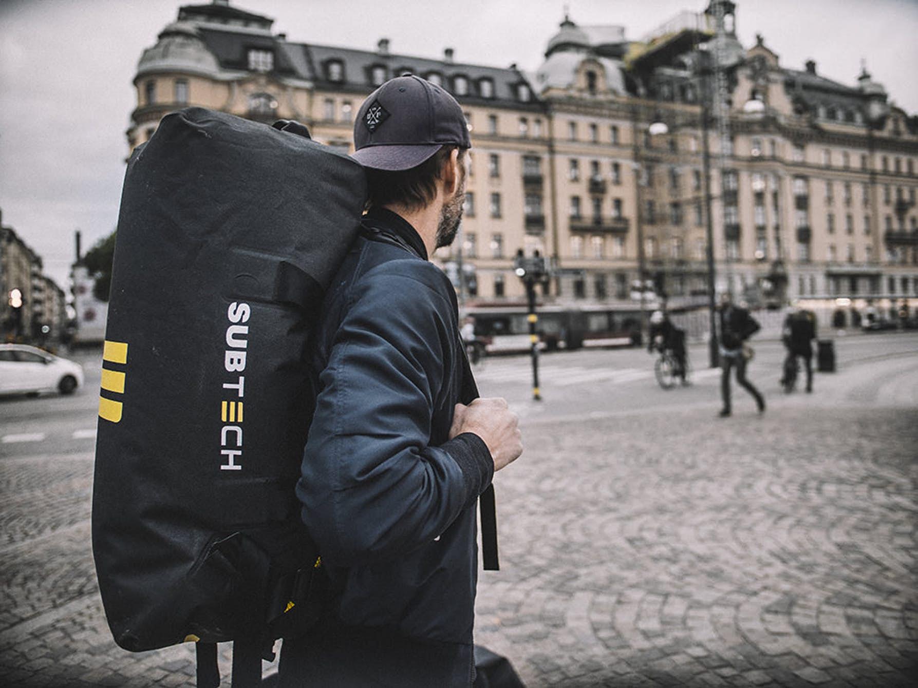 Extrém vízálló táska az extrémsportok kedvelőinek